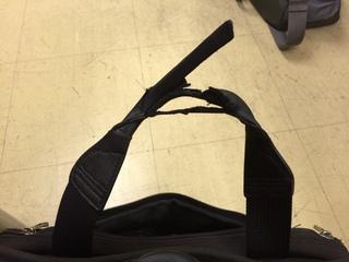 山本さん鞄修理�@.JPG