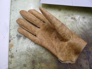 革手袋試作�B.jpg