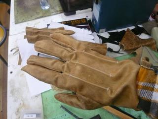 革手袋試作�G.jpg