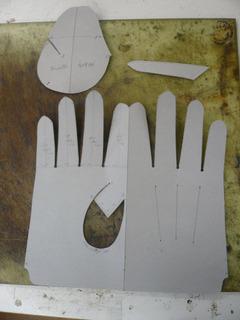 革手袋試作�I.jpg