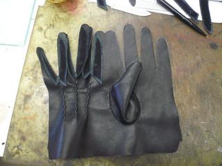 革手袋試作�P.jpg
