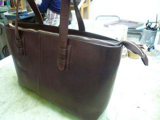 鞄作り(トート茶)�L.jpg