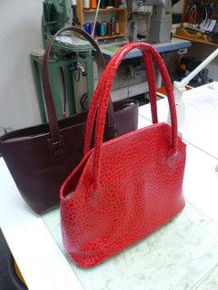 鞄作り(レディース赤)�@.jpg