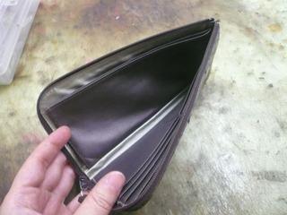 Kさん財布修理�@.jpg