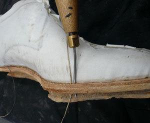 靴作り・底付け�H.jpg