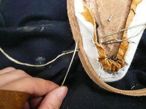 靴作り・掬い縫い�D.jpg