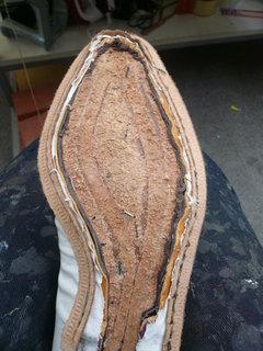 靴作り・掬い縫い�F.jpg